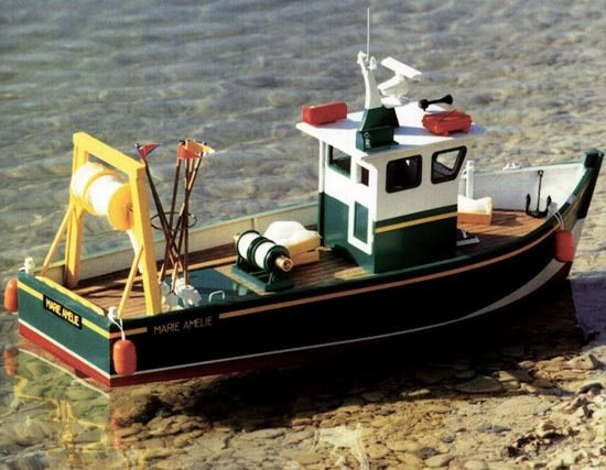 New Maquettes Marie Amelie Stern Trawler Model Boat Kit