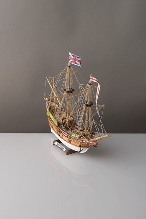 Corel Mayflower 1:130 Scale Corelline Starter Kit